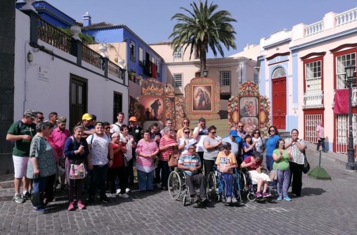 FUNCATAES. VISITA A EL PASO Y BIBLIOTECA
